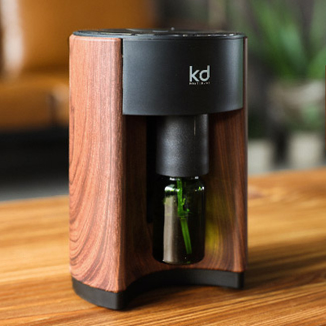 ModernDeco 小型精油擴香機 擴香儀 間歇噴霧 日本